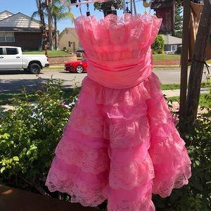 Betsey Johnson frilly pink dress size 4.